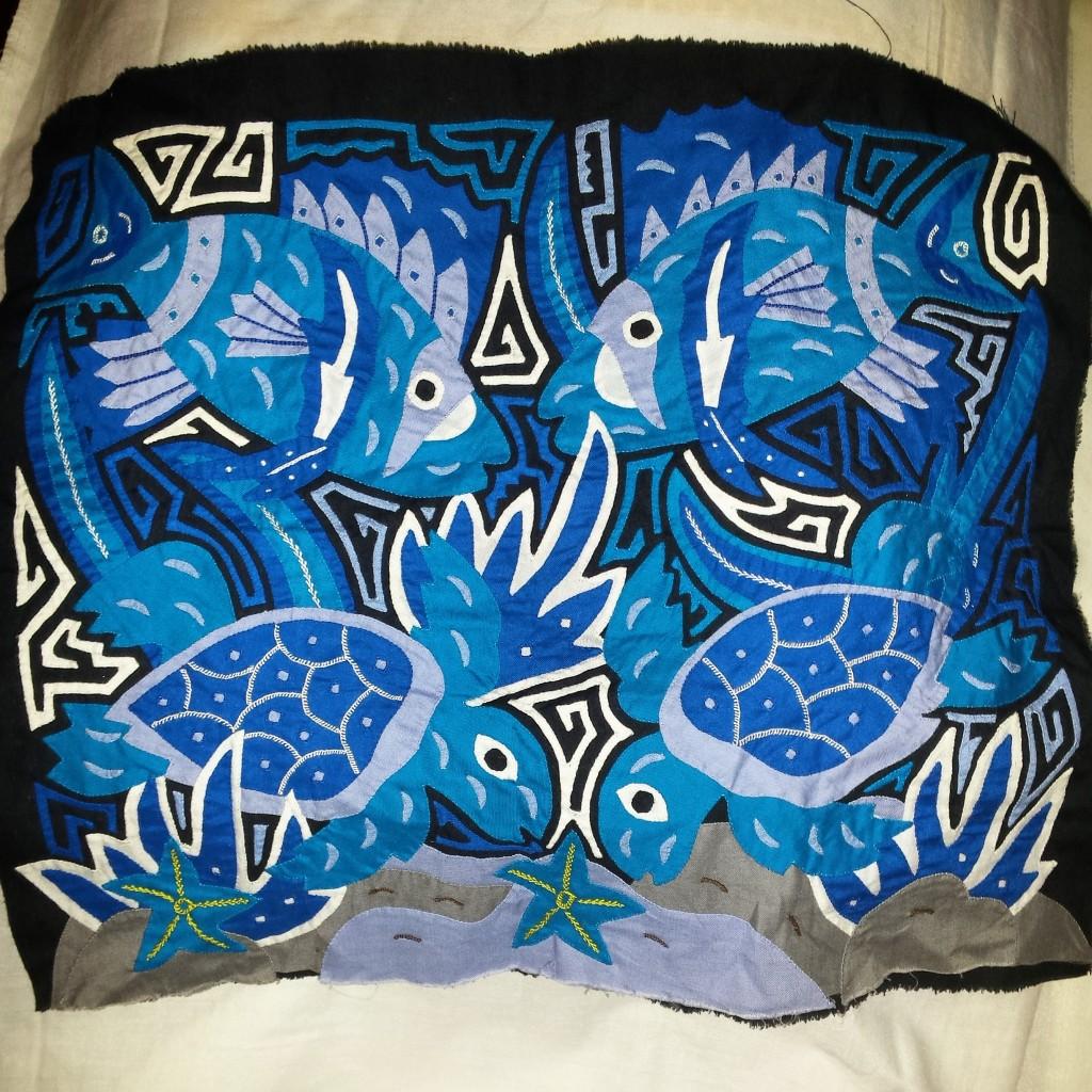 Molas: handmade Kuna Indian appliqué art